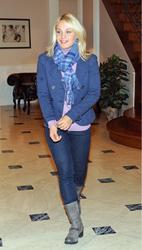 Магдалена Ньюнер, фото 74. Magdalena Neuner 'Sturm der Liebe' - Set Bavaria Studios - 02.11.2011, foto 74