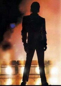 1984 VICTORY TOUR  Th_754084999_6884036924_f3b8c1563c_o_122_183lo