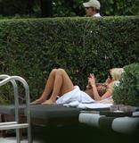 Виктория Сильвстед, фото 1494. Victoria Silvstedt - Sexy bikini poolside in Miami Beach on December 28, foto 1494