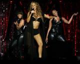 Mariah Carey Just one with her pooch Foto 724 (Марайа Кэри Лишь один со своей дворняжка Фото 724)