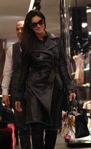 Моника Беллуччи, фото 1563. Monica Bellucci Shopping in Milan, Italy 01-03-2012, foto 1563
