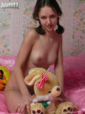 http://img43.imagevenue.com/loc525/th_59488_alina_pink124_122_525lo.JPG