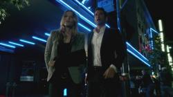 th_751024119_scnet_lucifer1x02_1730_122_