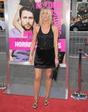 th_11409_JenniferAniston_HorribleBossespremiere_Hollywood_300611_021_122_62lo.jpg
